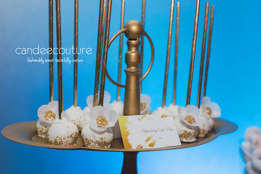 Sweet Treats, Cake Pops, Dessert table, sweet table, wedding dessert table, wedding reception dessert table, Gold and white cake pops, gold cake pops, wedding, reception, wedding inspiration, luxury wedding, floral cake pops, fancy cake pops
