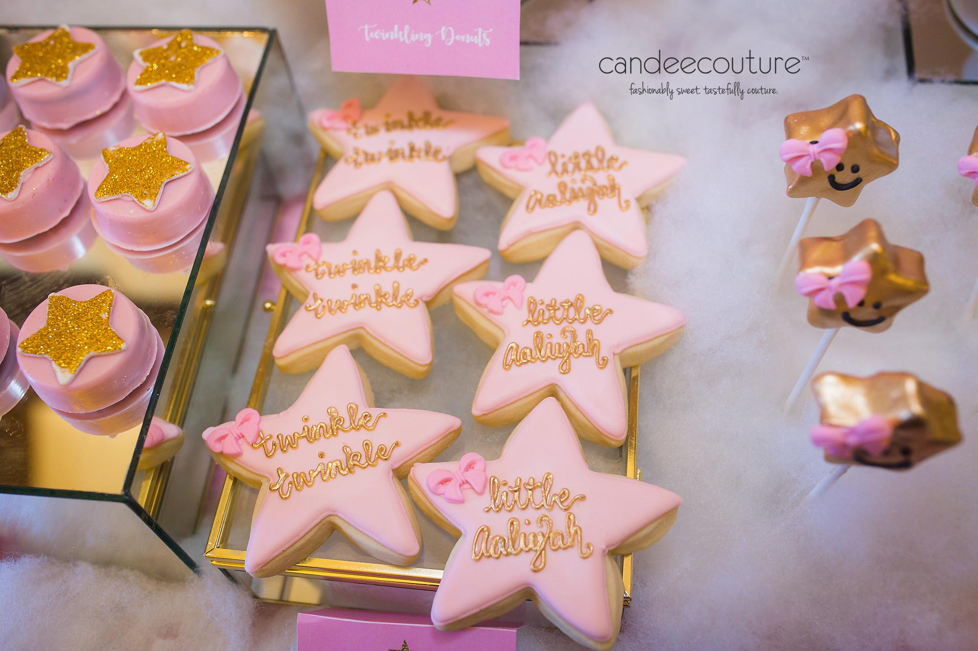 Twinkle Twinkle Little Star Cookies, Star Cookies, personalized cookies, star cake pops, twinkle twinkle little star cake pops, twinkle twinkle little star oreos, star oreos, chocolate covered oreos, candy table, dessert table, , twinkle twinkle little star theme, twinkle twinkle, twinkle twinkle little star birthday party, birthday, party, party ideas