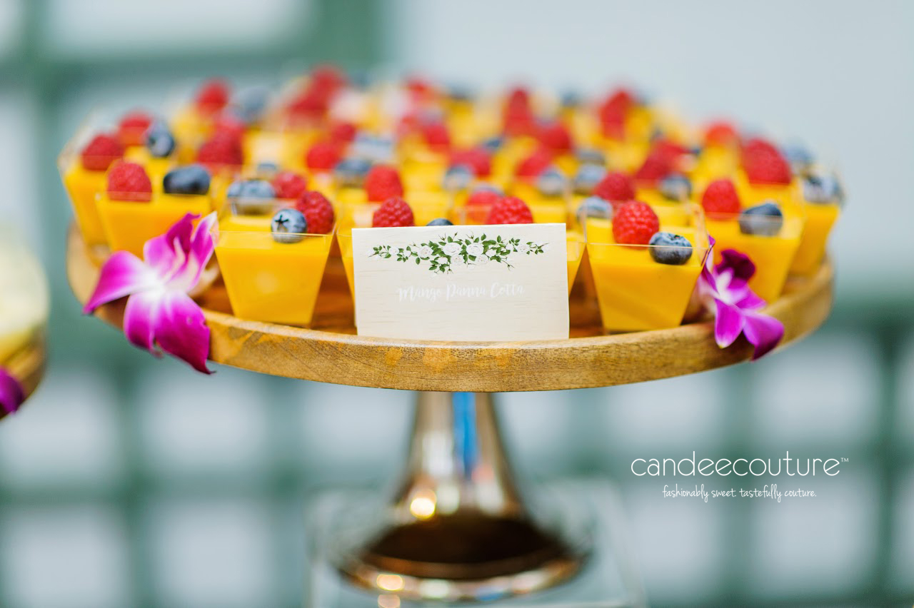 wedding mithai, panna cotta wedding, indian dessert, pakistani dessert, indian wedding dessert, Mango Panna Cotta, Mango Panna Cotta cups, mithai,